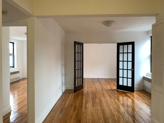 2 Bedrooms, Midwood Park Rental in NYC for $2,425 - Photo 1