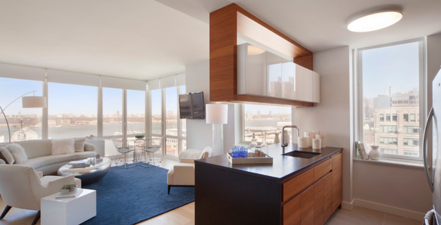 2 Bedrooms, Hell's Kitchen Rental in NYC for $6,589 - Photo 1