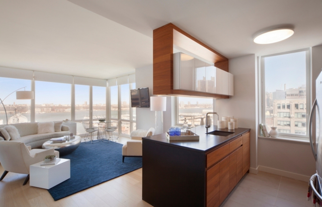 2 Bedrooms, Hell's Kitchen Rental in NYC for $6,999 - Photo 1
