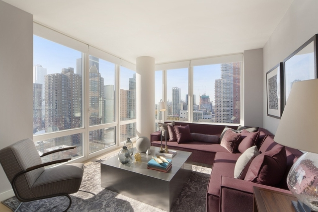 2 Bedrooms, Hell's Kitchen Rental in NYC for $6,659 - Photo 1
