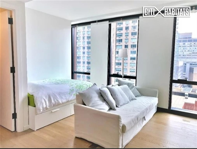 Studio, Rose Hill Rental in NYC for $3,495 - Photo 2