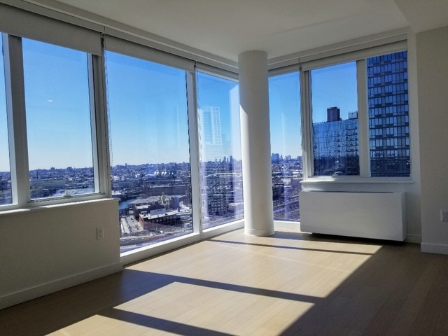 2 Bedrooms, Long Island City Rental in NYC for $6,050 - Photo 1