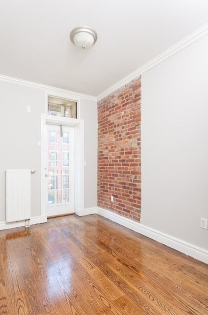3 Bedrooms, East Village Rental in NYC for $5,620 - Photo 2