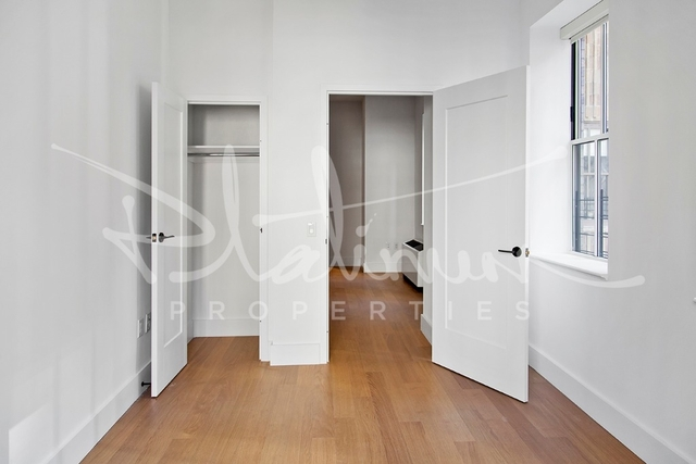 3 Bedrooms, Financial District Rental in NYC for $4,964 - Photo 2