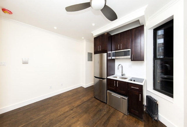 2 Bedrooms, Upper East Side Rental in NYC for $2,930 - Photo 2