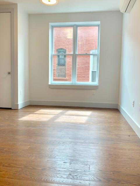 2 Bedrooms, Bushwick Rental in NYC for $2,537 - Photo 2