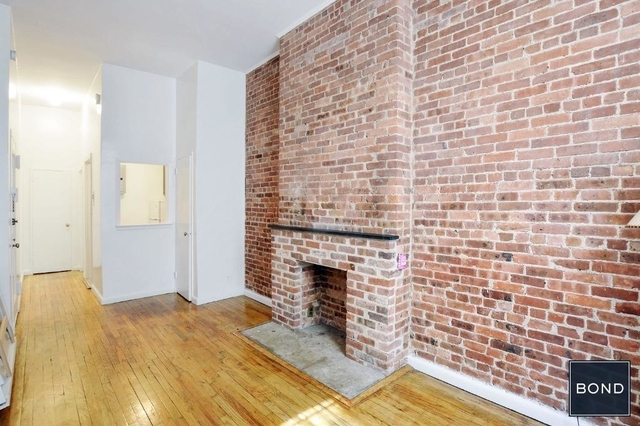 2 Bedrooms, Hell's Kitchen Rental in NYC for $4,057 - Photo 1