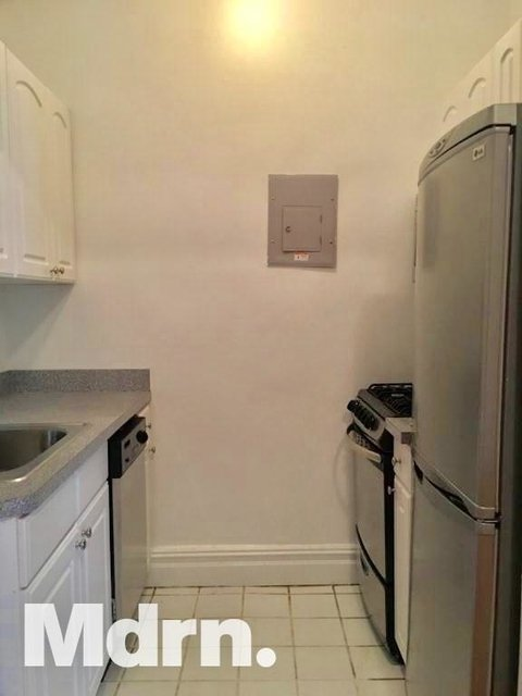 Studio, East Village Rental in NYC for $2,800 - Photo 2