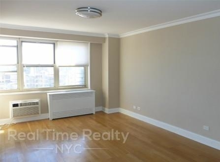 4 Bedrooms, Tribeca Rental in NYC for $7,500 - Photo 2