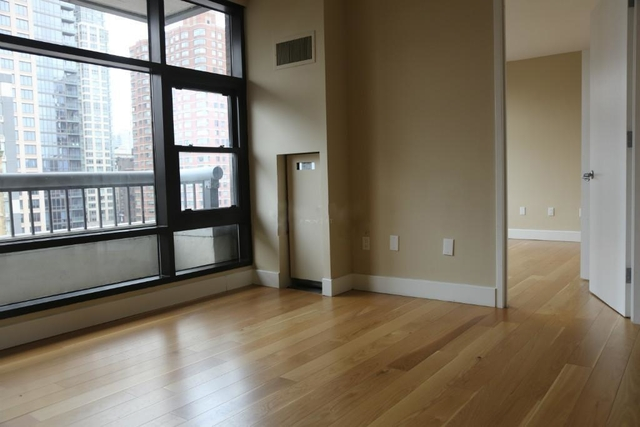 2 Bedrooms, Chelsea Rental in NYC for $5,699 - Photo 2