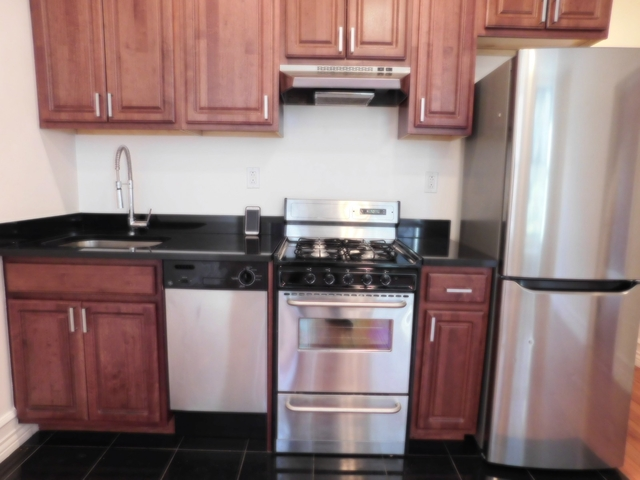 3 Bedrooms, Manhattan Valley Rental in NYC for $3,987 - Photo 2