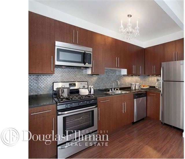 2 Bedrooms, Financial District Rental in NYC for $3,495 - Photo 2