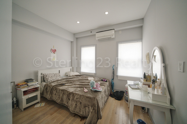 2 Bedrooms, Ditmars Rental in NYC for $2,600 - Photo 2