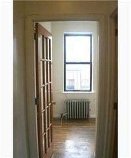 2 Bedrooms, East Village Rental in NYC for $2,585 - Photo 2