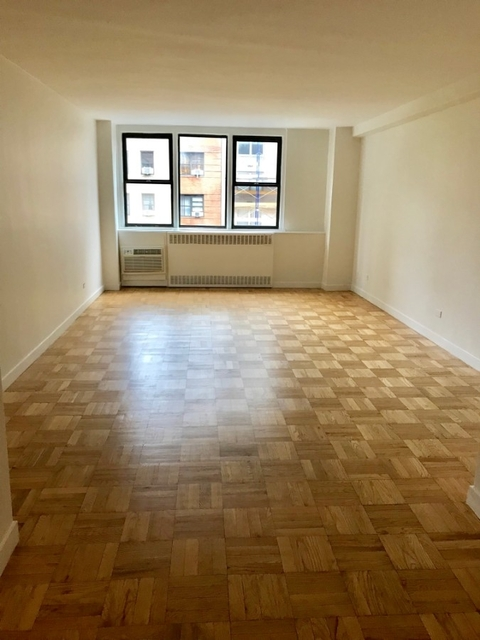 1 Bedroom, Yorkville Rental in NYC for $3,280 - Photo 1