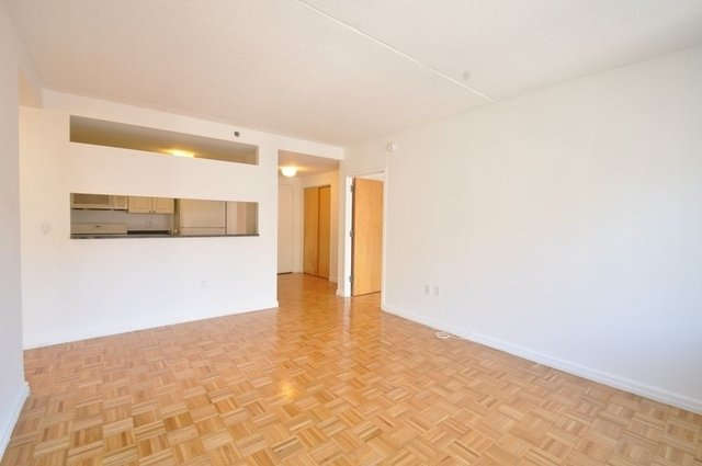 1 Bedroom, Hell's Kitchen Rental in NYC for $3,050 - Photo 2