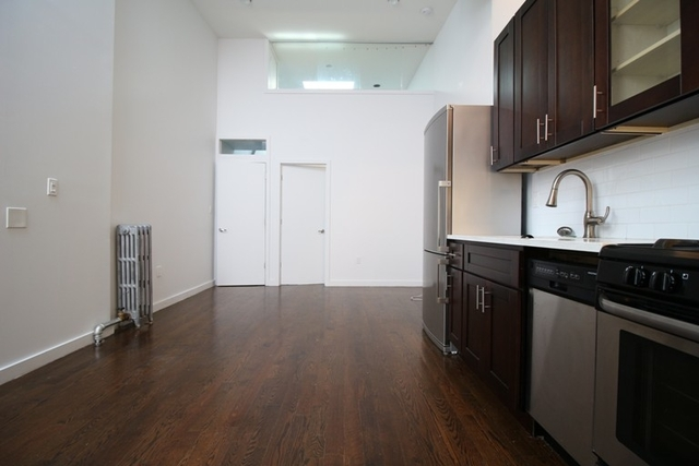 3 Bedrooms, Crown Heights Rental in NYC for $3,145 - Photo 2