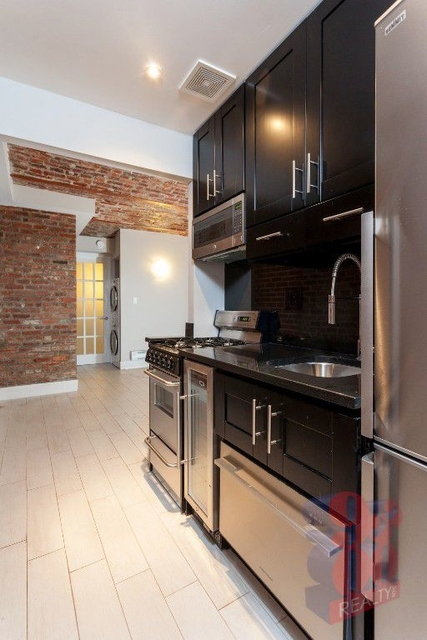 2 Bedrooms, Gramercy Park Rental in NYC for $3,895 - Photo 1