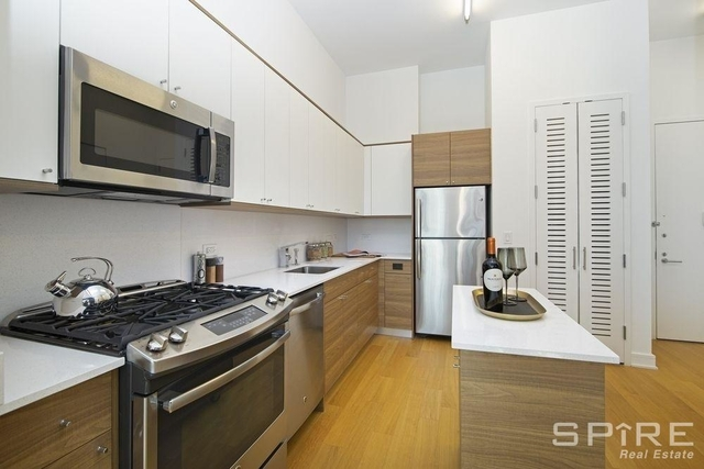 2 Bedrooms, Chelsea Rental in NYC for $3,008 - Photo 1