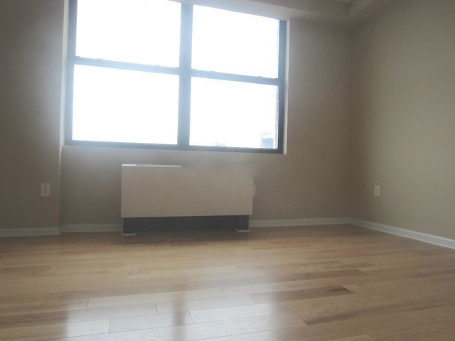 3 Bedrooms, Chelsea Rental in NYC for $7,019 - Photo 2