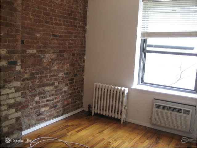 2 Bedrooms, Chelsea Rental in NYC for $3,650 - Photo 2