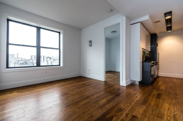 3 Bedrooms, Ridgewood Rental in NYC for $2,700 - Photo 1