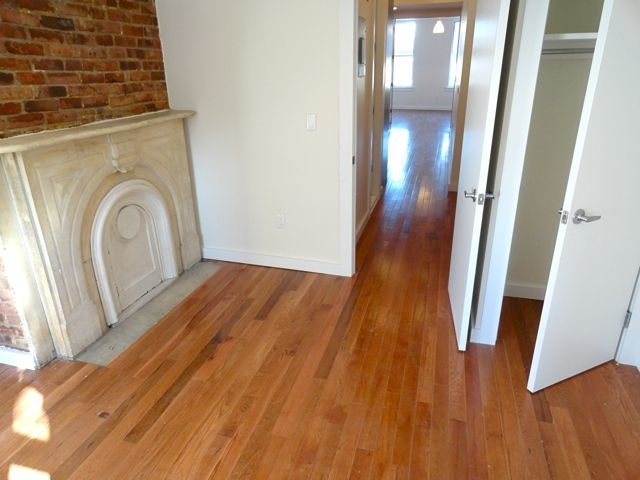3 Bedrooms, Williamsburg Rental in NYC for $4,199 - Photo 1