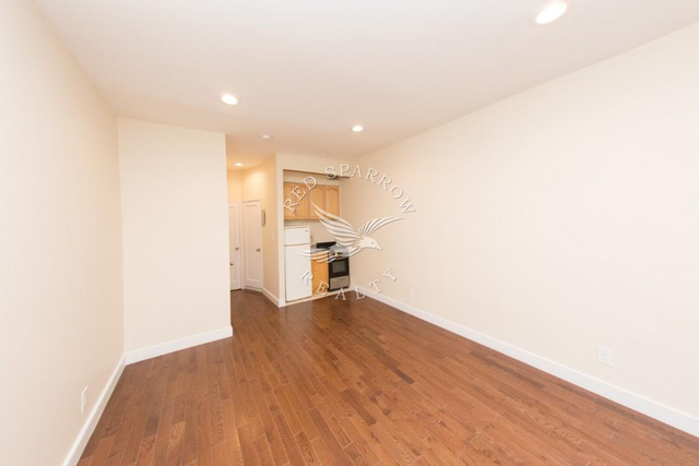 Studio, Lenox Hill Rental in NYC for $2,000 - Photo 2