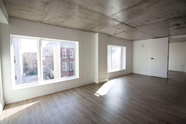 Room, East Williamsburg Rental in NYC for $1,299 - Photo 2