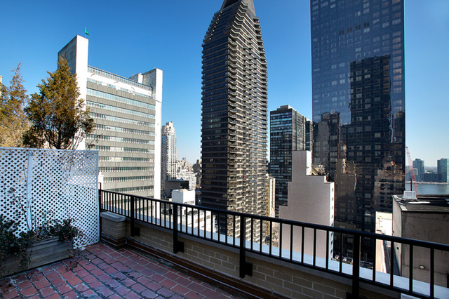 3 Bedrooms, Turtle Bay Rental in NYC for $5,625 - Photo 1