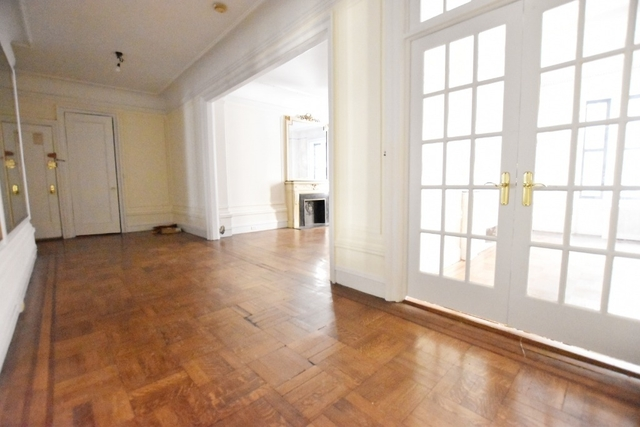 2 Bedrooms, Upper West Side Rental in NYC for $6,295 - Photo 2