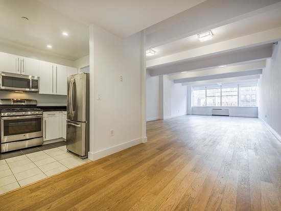 3 Bedrooms, Tribeca Rental in NYC for $6,198 - Photo 1