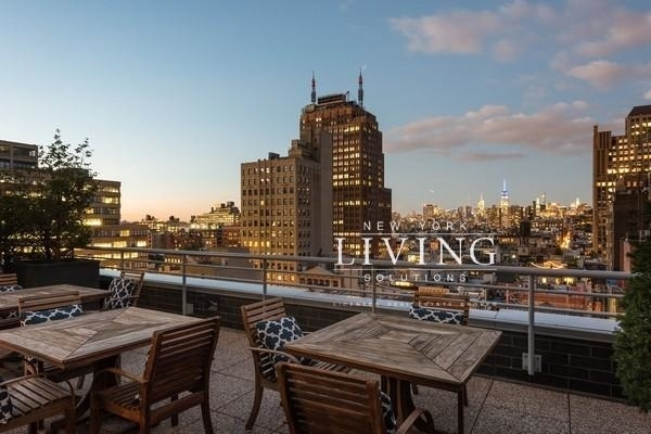Studio, Tribeca Rental in NYC for $3,300 - Photo 2