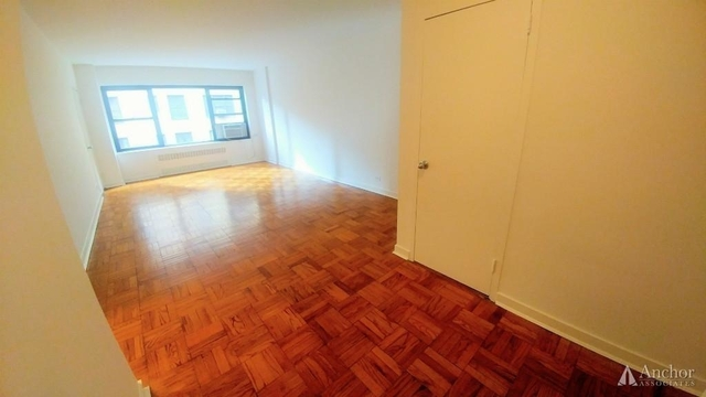 Studio, Sutton Place Rental in NYC for $2,630 - Photo 1
