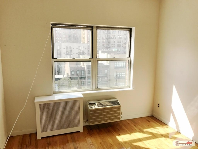 1 Bedroom, Yorkville Rental in NYC for $2,675 - Photo 2