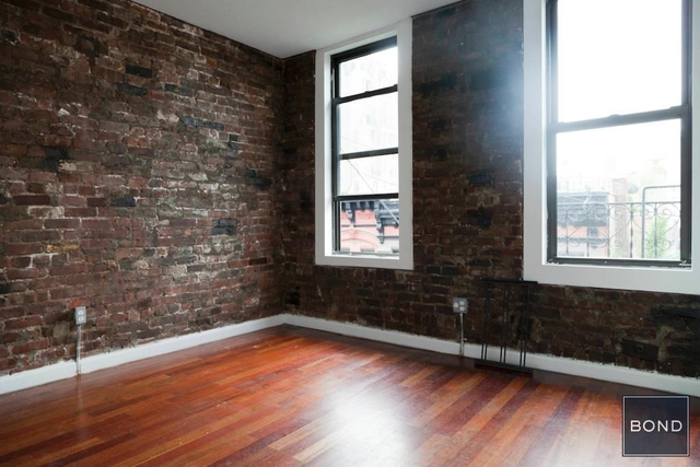 3 Bedrooms, West Village Rental in NYC for $6,245 - Photo 2