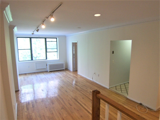 2 Bedrooms, Yorkville Rental in NYC for $3,700 - Photo 2