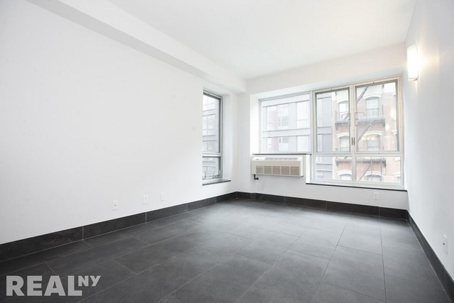 2 Bedrooms, Lower East Side Rental in NYC for $5,150 - Photo 2