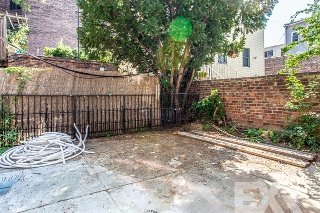 2 Bedrooms, Williamsburg Rental in NYC for $4,999 - Photo 2