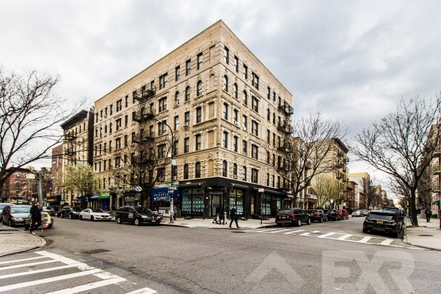 1 Bedroom, Williamsburg Rental in NYC for $2,449 - Photo 2