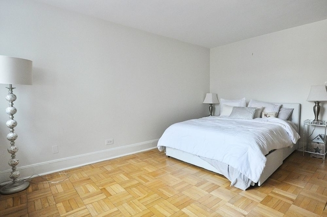 Studio, Yorkville Rental in NYC for $2,925 - Photo 2