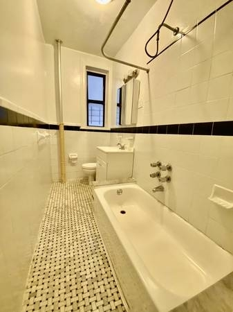 2 Bedrooms, Prospect Heights Rental in NYC for $2,795 - Photo 2