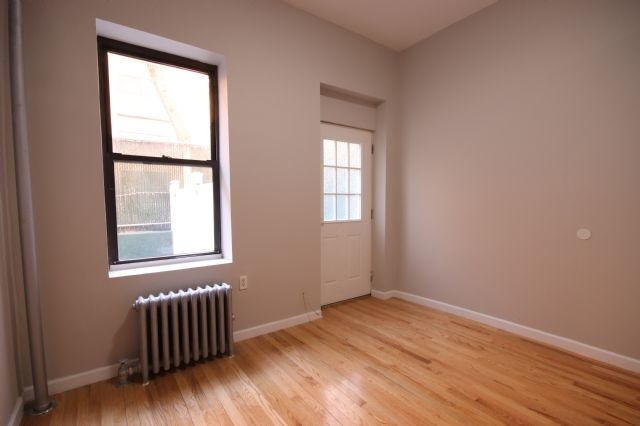 2 Bedrooms, East Village Rental in NYC for $2,650 - Photo 2