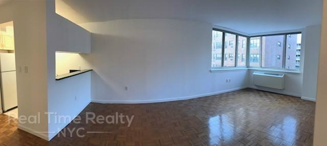 3 Bedrooms, Rose Hill Rental in NYC for $5,094 - Photo 2
