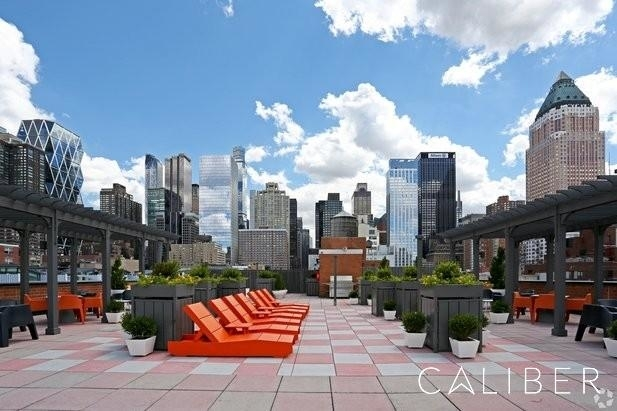 1 Bedroom, Hell's Kitchen Rental in NYC for $2,908 - Photo 1