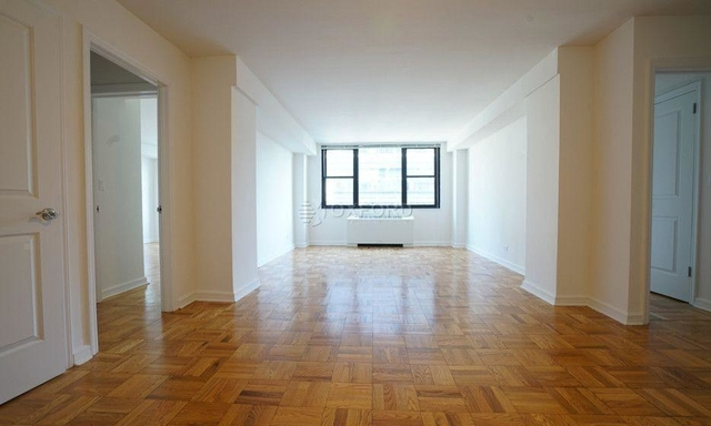 3 Bedrooms, Hell's Kitchen Rental in NYC for $5,850 - Photo 1