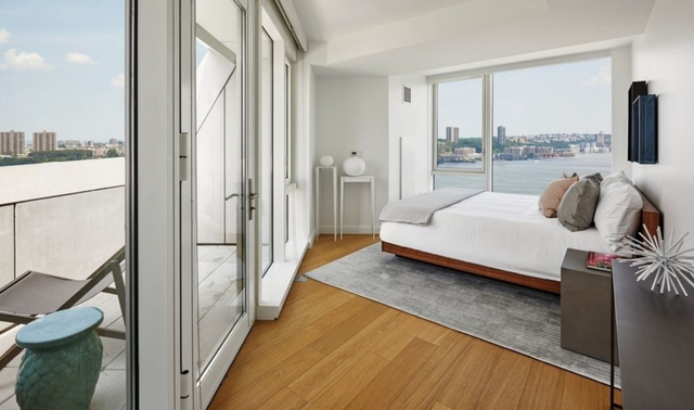 2 Bedrooms, Hell's Kitchen Rental in NYC for $7,400 - Photo 2