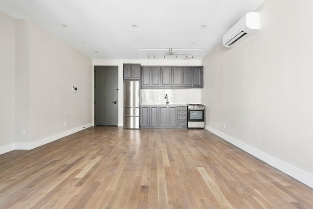 1 Bedroom, East Williamsburg Rental in NYC for $3,075 - Photo 2