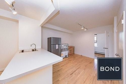 3 Bedrooms, Alphabet City Rental in NYC for $4,605 - Photo 1