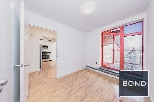 3 Bedrooms, Alphabet City Rental in NYC for $4,575 - Photo 2